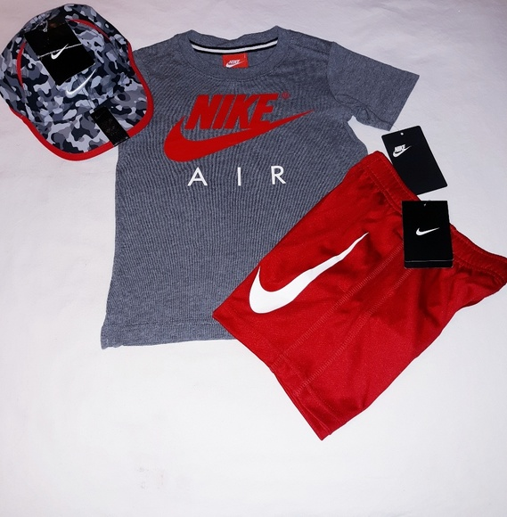 0bde4bb52b Nike Boys Toddler 3pc Short Set With Cap NWT